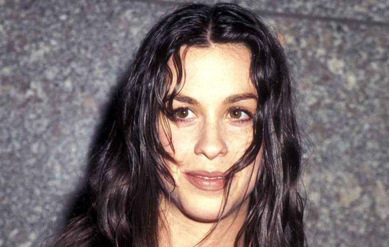 Alanis Morissette ja muut 90-luvun tähdet - katso mitä heille kuuluu nyt!