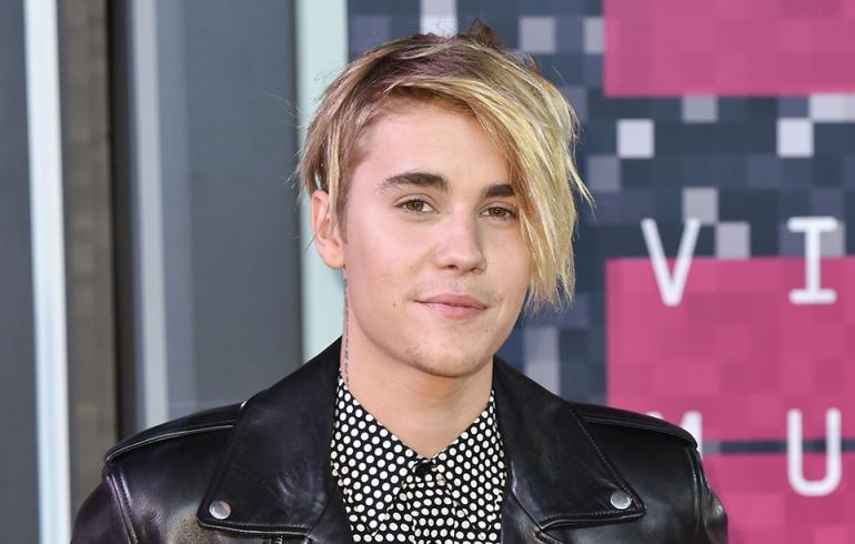 Justin Bieberin penis räjäytti sosiaalisen median!