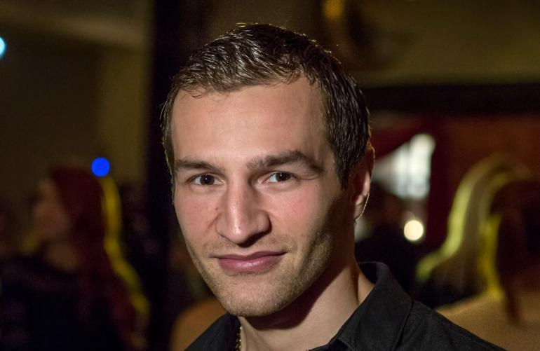 Nyrkkeilijä Edis Tatlin rakkauselämä kukoistaa: En etsi missiä!