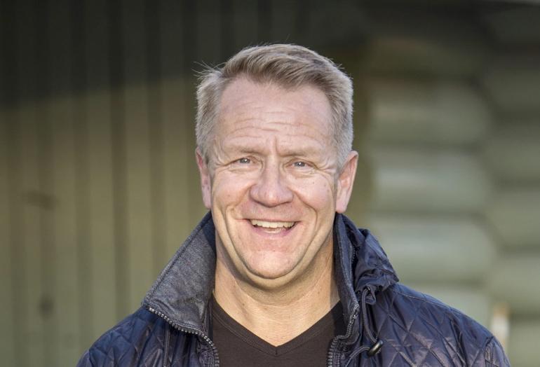 Olli Lindholm tunnustaa Seiskalle: Salasuhde bodariin! | Seiska