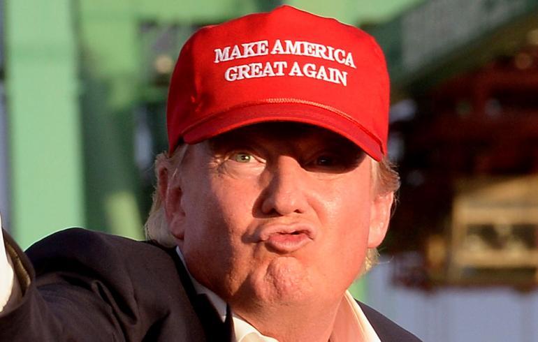 Tiesitkö tätä Trumpista? Bakteerikammoinen absolutisti!