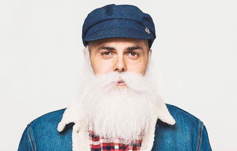 Tunnettu hyväntekijä Brother Christmas sai kutsun Linnaan: Joudun riisumaan partani!