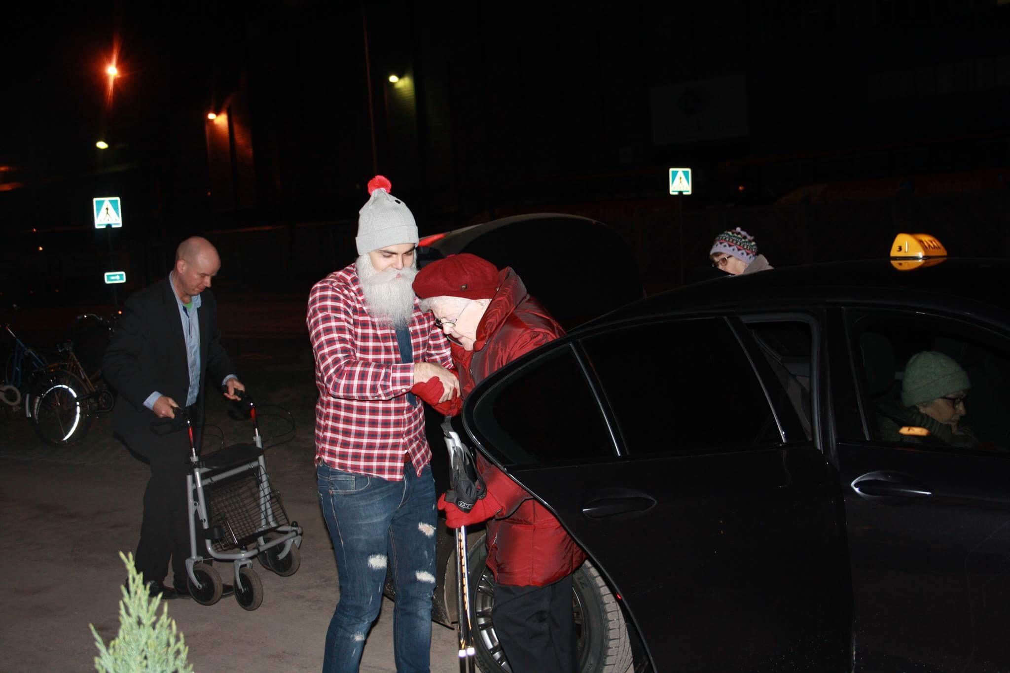 Brother Christmas auttoi veteraanit Löylyn lämpöön.