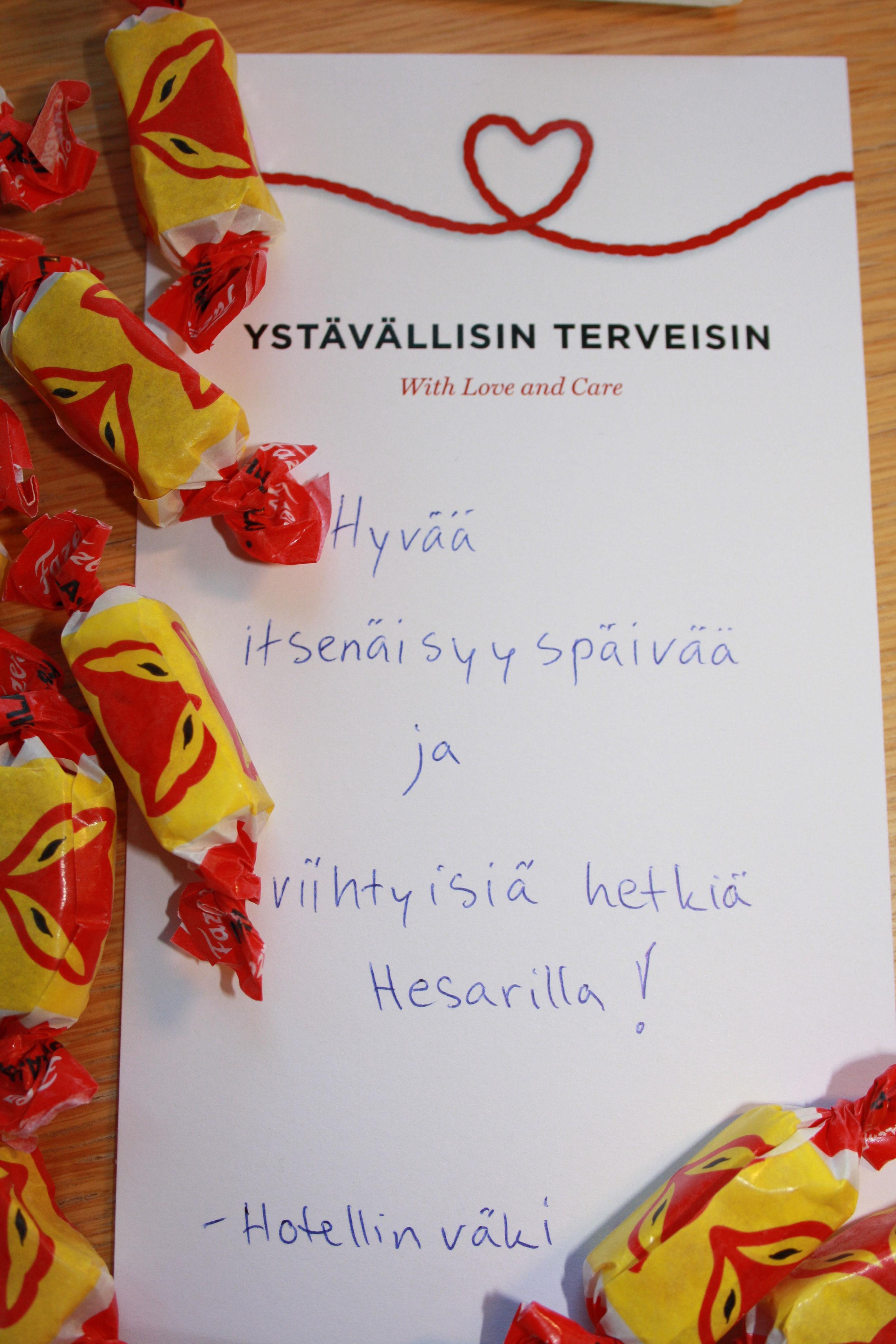 Brother Christmas yöpyy Helsingin keskustassa sijaitsevassa hotellissa.