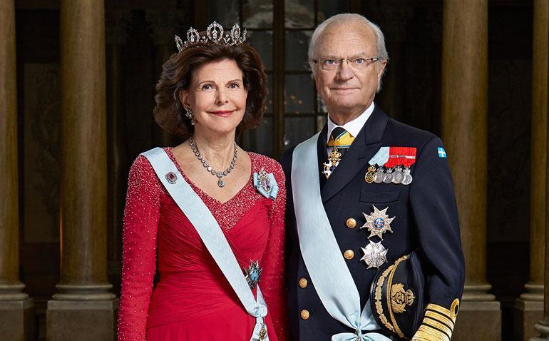 Maamme 100-vuotisjuhlan kunniaksi 1. kesäkuuta Suomeen saapuvat Ruotsin hallitsijapari Kaarle Kustaa ja Silvia sekä kuninkaallisia Norjasta ja Tanskasta.