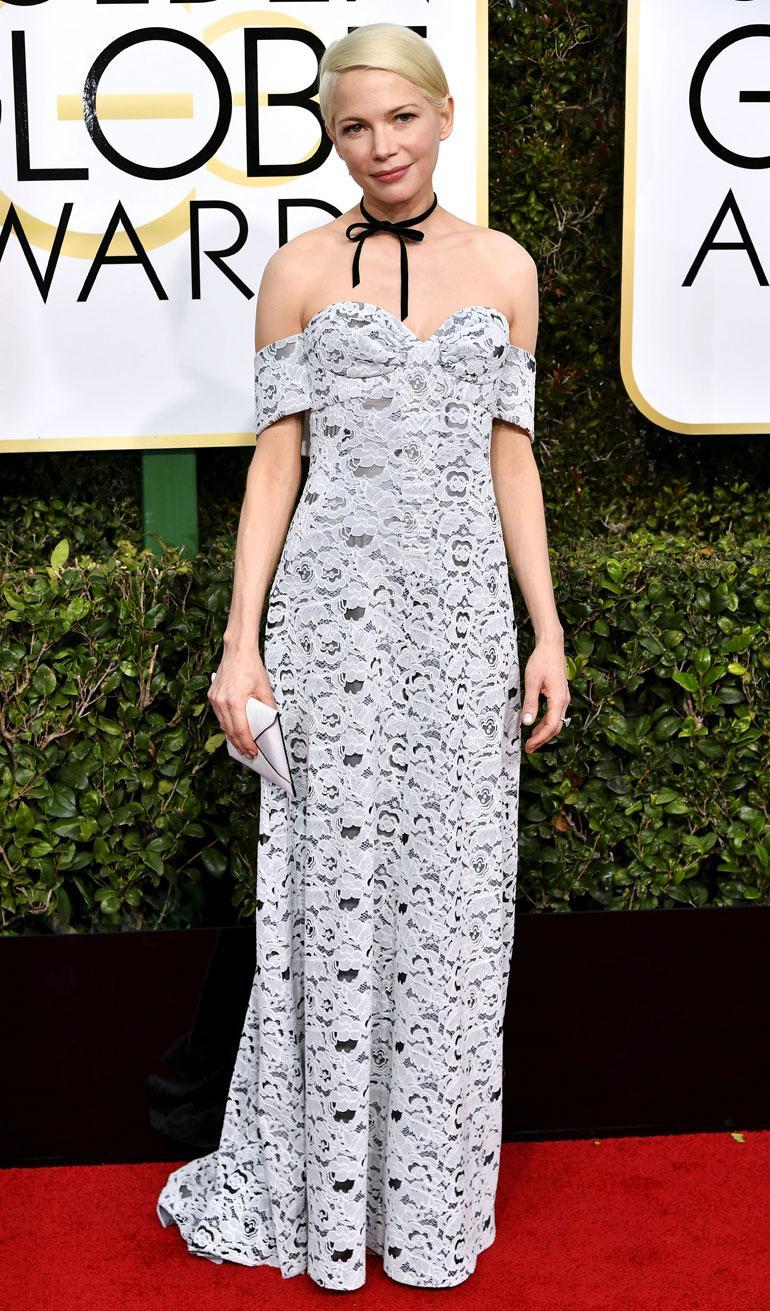 Näyttelijä Michelle Williams, 36, edusti Louis Vuittonin asussa.