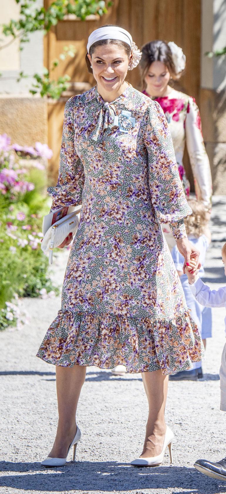 Kruununprinsessa Victorian ihastuttavassa mekossa oli vaikutteita 1970-luvulta.