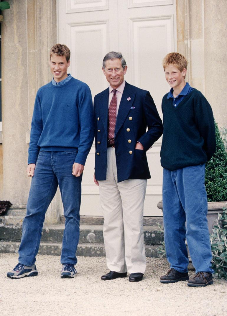 Dianan kuoleman jälkeen Charles otti tärkeimmäksi tehtäväkseen Williamin ja Harryn tukemisen isänä.