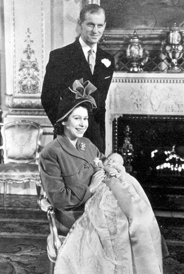 Prinssi Charles Philip Arthur George syntyi 14.11.1948 Buckinghamin palatsissa.