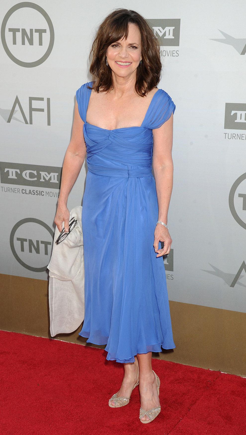 Jane Fonda hurmasi - Eva Longoria järkytti: tässä AFI-gaalan kohutuimmat asut!