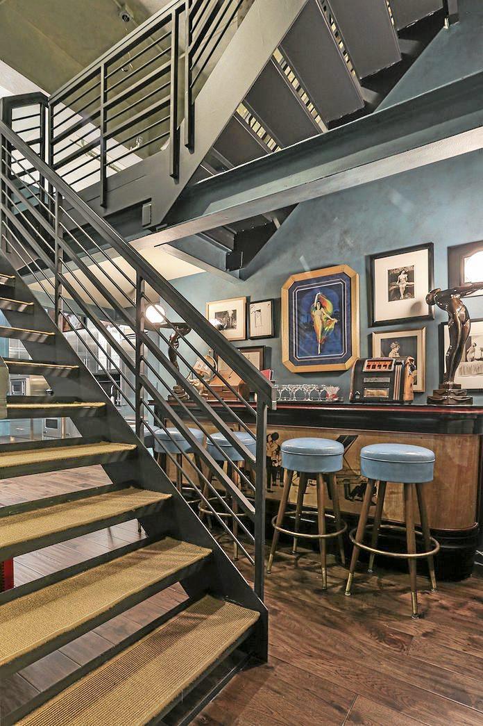 Johnny Depp myy 12 miljoonan vintage-kotinsa: katso huikeat kuvat!