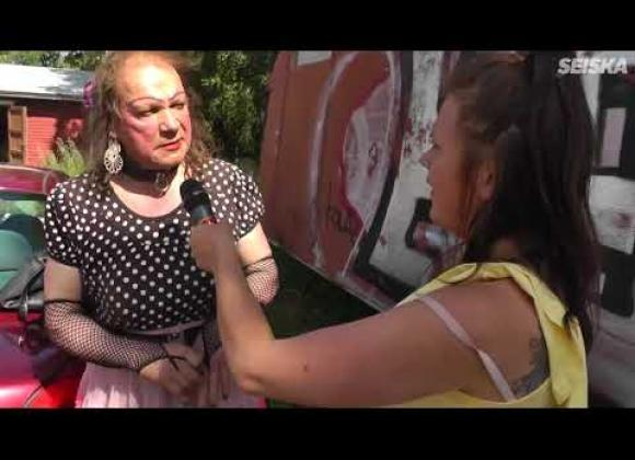 kotimainen porno transvestiitti seuraa