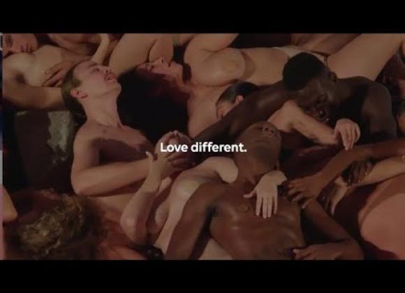 Madonnan tytär hätkähdytti: Orgiat Art Baselissa!