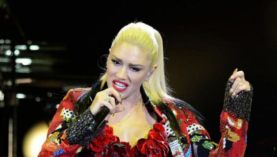 Gwen Stefani esiintymässä
