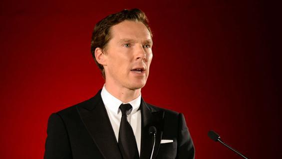 Benedict Cumberbatch puhumassa