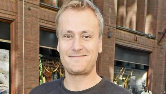 Heikki Paasonen psoeeraa Seiskalle