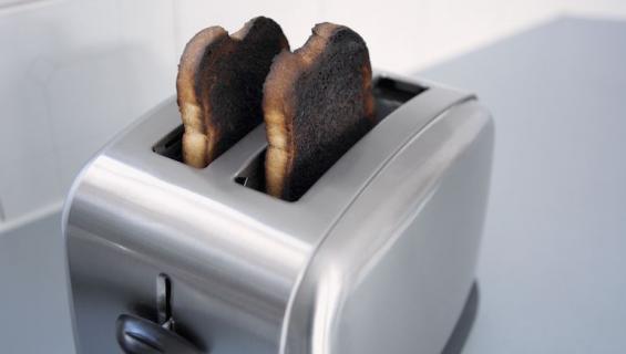 Leivänpaahdinta ei kannata käyttää itsetyydytykseen.