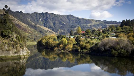 Whanganui-joki tunnustettiinoikeushenkilöksi.