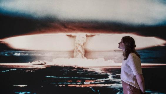 Ydinsodan uhka on ilmassa.