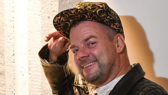 Jari Sillanpää esiintyi Sastamalassa.
