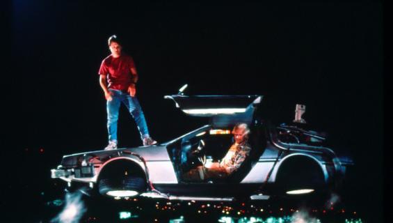 Aikamatkailu on täyttä totta Back to the Future-elokuvissa.