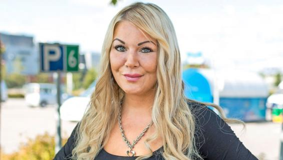 Janita Janatuinen on syytettynä törkeästä petoksesta.