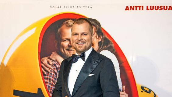 Antti Luusuaniemi tähdittää Kaikki oikein -elokuvaa.