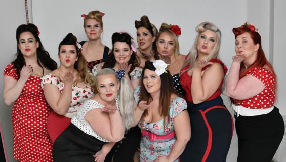 Miss Plus Size -finalistit poseerasivat pin up -asuissa