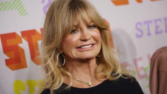 Goldie Hawn kuuluu niihin tähtiin, jotka eivät vanhene arvokkaasti.