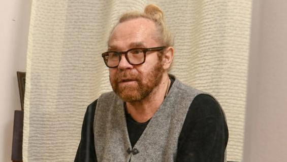 Jussi Parviaisella oli neljä vaimoa.