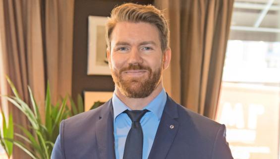 Joni Lindlöf uusi Bachelor.