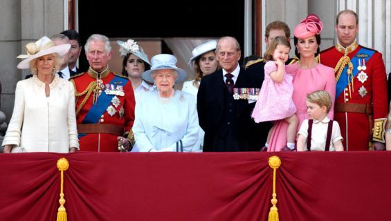 Ison-Britannian kuninkaallinen perhe