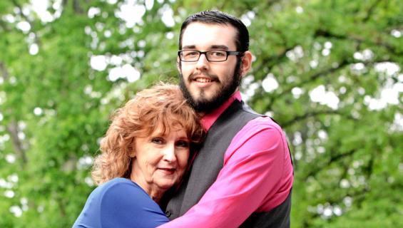 Gary ja Almeda ovat naimisissa.