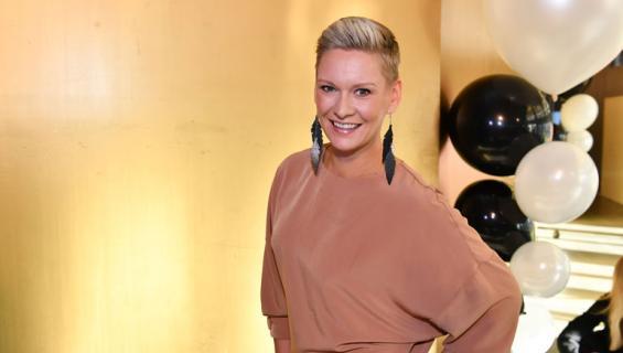 Heidi Sohlberg kisaa rahapalkinnosta.