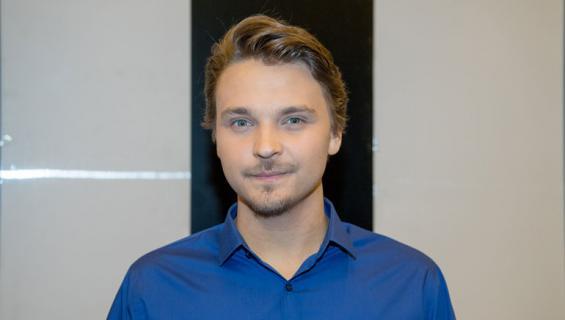 Roope Salminen pudotti roimasti kiloja elokuvaroolia varten.