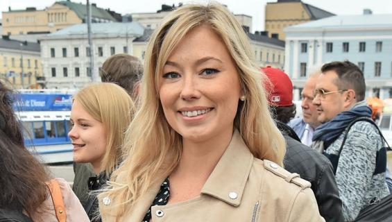 Jenny Helenius osallistui myös Jenkeissä tv-ohjelmaan.