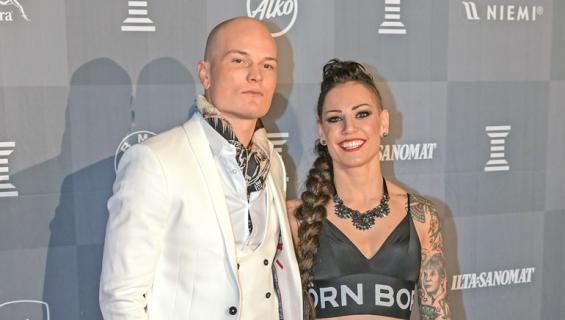Niklas Räsänen kertoo suhteestaan.