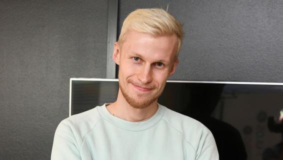 Roni Bäck teki tubettamisesta bisneksen.