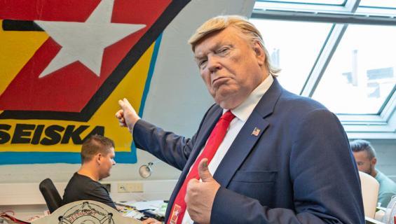 Dennis Alan on vale-Trump.