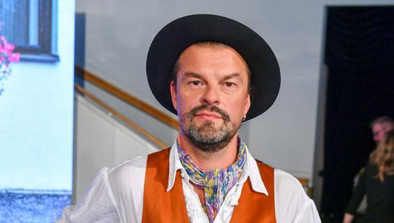 Tuure Kilpeläinen ryhtyi musiikkiuralle isänsä kuoleman jälkeen.