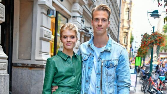 Alina Tomnikov ja Lauri-rakas suunnittelevat häitään.