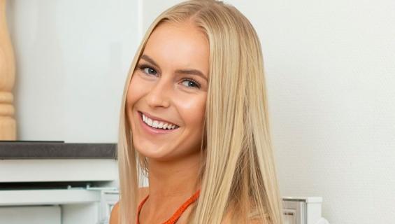 Alina Voronkova sai onnittelukortin ministeriltä.