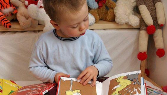 Dr. Seussia luetaan lapsena.