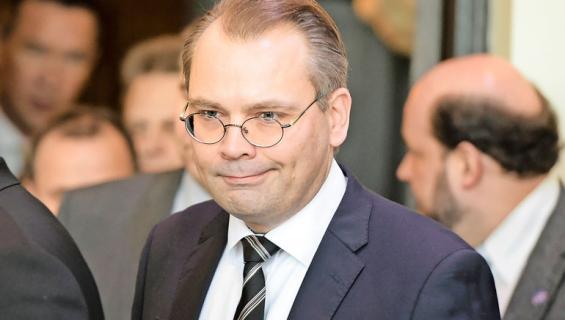 Jussi Niinistö käytti luottokorttia vain kerran.