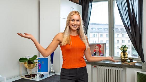 Alina Voronkova esittelee kotinsa.
