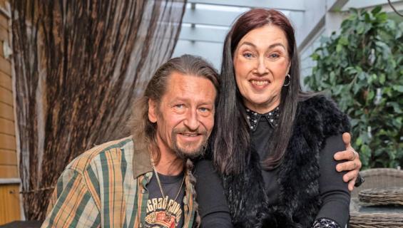 Saija Varjus ja Keijo ovat olleet yhdessä maaliskuusta lähtien.