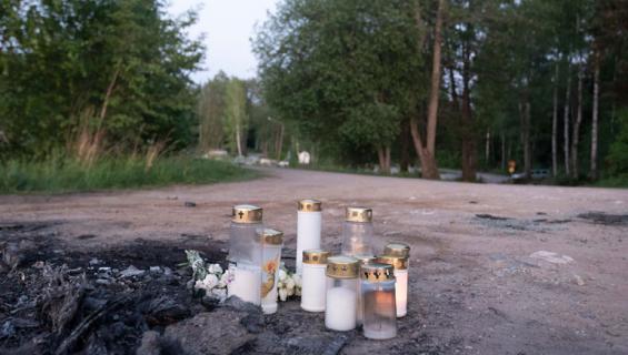 Toukokuussa Lappeenrannasta Lauritsalan venesatamasta löydettiin palaneen auton takakontista ruumis.
