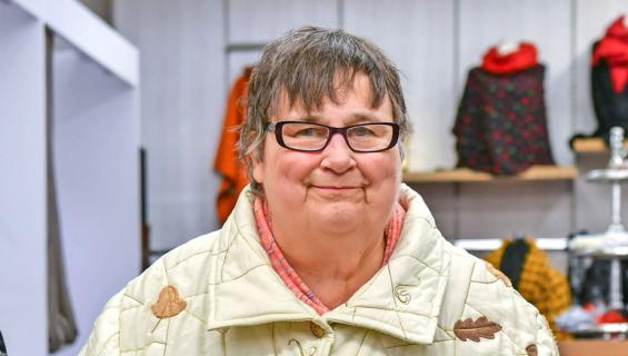 Riitta-Liisa sai uusia vaatteita.