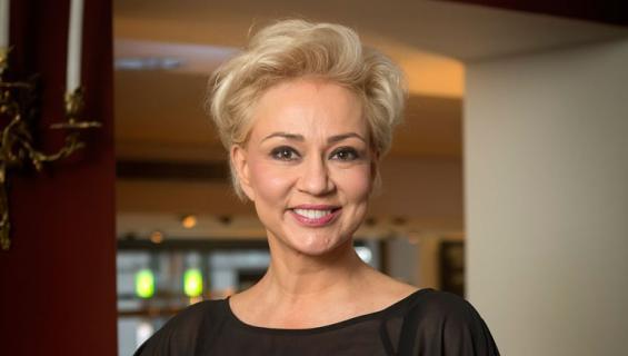 Susanna Indren avautuu alkoholismistaan.