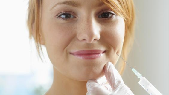 Naista kehotettiin ottamaan Botoxia.
